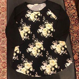 Ultra Flirt XL 3/4 sleeved floral shirt.
